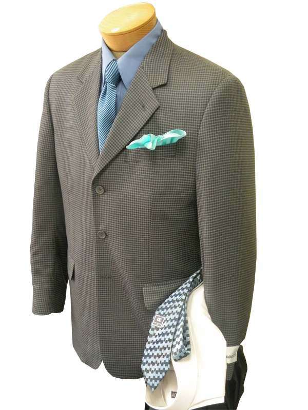 suit with green hank